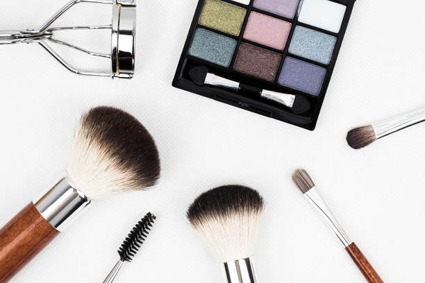 Healthy Makeup Products: Find the right products to improve your health